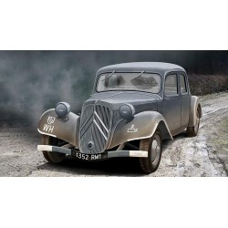 ACE72273 Staff Car Traction Avant 11CV 1:72