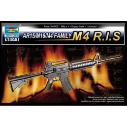 TRU01910 TRUMPETERAR15/M16/M4 Family M4 R.I.S. 1/3