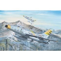 TRU02246 TRUMPETER US F100F Super Sabre 1/32