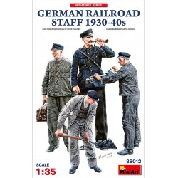 MINIART38012 German Railroad Staff 1930-40 1/35