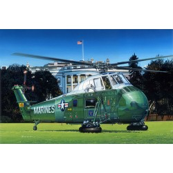 TRU02885 TRUMPETER VH34D Marine One Re-edition 1/48