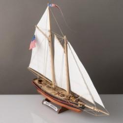COSM102 CORELLINE 'Yacht America' 1/155