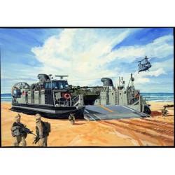TRU00107 TRUMPETER USMC Landing Craft 1/144