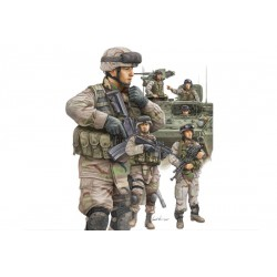 TRU00424 TRUMPETER US Modern Army Cr.In 1/35