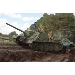 TRU00915 TRUMPETER Soviet SU-100 Tank Destroyer 1/16