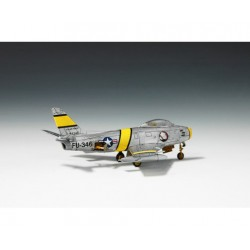 GF-0410-004 G-Force RC - Clips pour le corps 45 ° Bent - Petit - Rouge - 10 pcs
