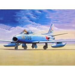 TRU01321 TRUMPETER F-86F-40 Sabre 1/144