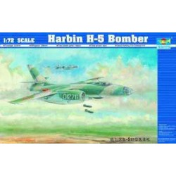 TRU01603 TRUMPETER Chinese H-5 Bomber 1/72
