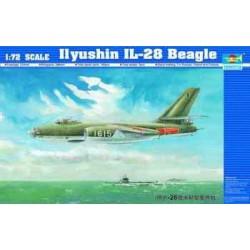 TRU01604 TRUMPETER Ilyush.IL-28 Beagle 1/72