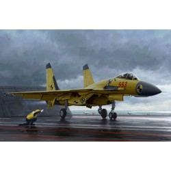 TRU01670 TRUMPETER Chinese J-15 with flight deck 1/72