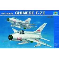 TRU02216 TRUMPETER CHINESE F-7 II 1/32