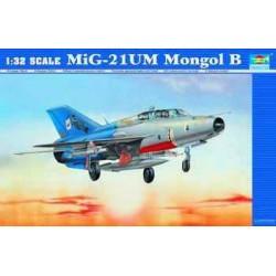 TRU02219 TRUMPETER MIG-21 UM 1/32