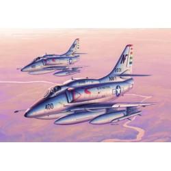 TRU02267 TRUMPETER A4F Sky Hawk 1/32