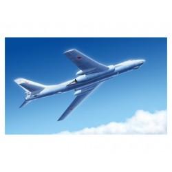 TRU03907 TRUMPETER Tu-16k-26 Badger G 1/144