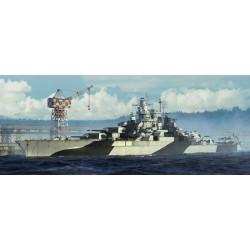 TRU05782 TRUMPETER USS Tenessee BB-43 1944 1/700