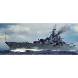 TRU05784 TRUMPETER USS California BB-44 1945 1/700
