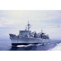 TRU05785 TRUMPETER USS Sacramento AOE 1/700