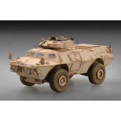 TRU00104 LVTP7 voiture blindée amphibie