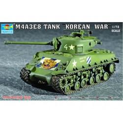 TRU07229 TRUMPETER M4A3E8 Tank 1/72