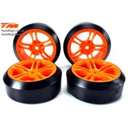 TM503390 Pneus - 1/10 Drift - montés - jantes 5 Spoke Orange - 12mm Hex - 45à - Hard (4 pces)