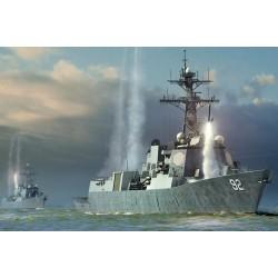 HBO83413 USS Momsen DDG92 1/700