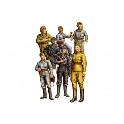 HBO84411 Russian Tank Crew 1/35