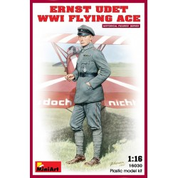 MINIART16030 Ernst Udet WW1 Flying Ace 1/16