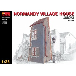 MINIART35524 Normandy Village House 1/35