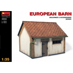 MINIART35534 European Barn 1/35