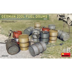 MINIART35597 German 200 Liter Fuel Drum Set 1/35