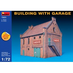 MINIART72031 Building with Garage 1/72