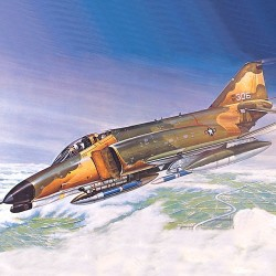 AC12605 F-4E Phantom II Aircraft 1/144