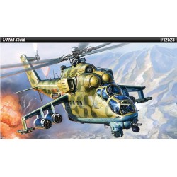 AC12523 Russ.Air Force Mi24V VP Hind E 1/72