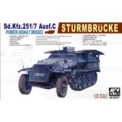 AF35077 AFV Sd.Kfz. 251/7 Ausf.C 1/35