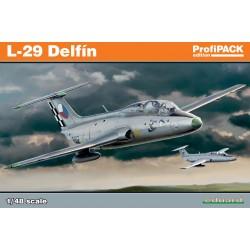 ED8099 L-29 Delfin Profipack