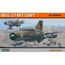 ED8233 MiG-21 SMT Profipack