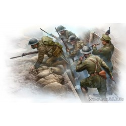 MB35114 British Infantry before Attack 1/35