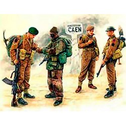 MB3512 MB British Troops Caen '44 1/35