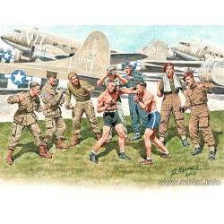 MB35150 MB Friendly Boxing Match WW II 1/35