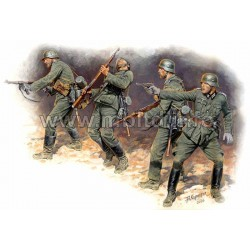 MB3522 MB Estern N°1 German Infantry 1/35