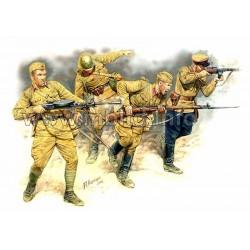 MB3523 MB Estern N°2 Soviet Infantry 1/35