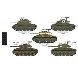 BR35072 M24 Chaffee Serv.Asia Army 1/35