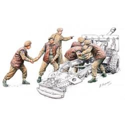 BR35108 BRONCO 25pdr Gun Crew Set 1/35