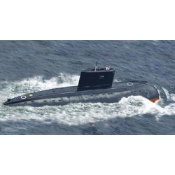 BR5011 BRONCO Russian Kilo Submarine 1/350