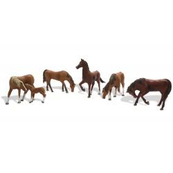 WLS-A1842 HO Chestnut Horses
