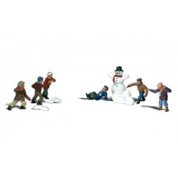 WLS-A1894 SNOWBALL FIGHT HO